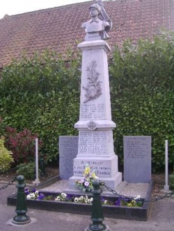 Witternesse monument aux morts.jpg